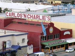 010702-11 Carlos n Charlies