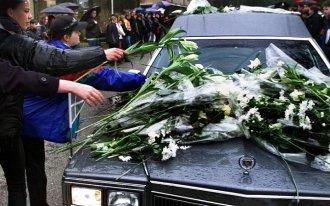Begrafenis Sybine 2888858722