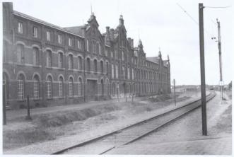 Fabriek aan de Industriestraat (later Gend en Loos and St Ceciliastraat ) a068945e2b2bea3fb8f2b20a9178e19137f910a787d3de54f18c338e70e6fd3f