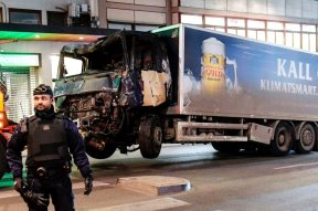 Man-arrested-in-Stockholm-truck-attack