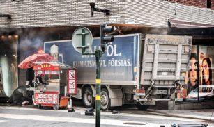 Stockholm truck pri_35854051-e1491590077694