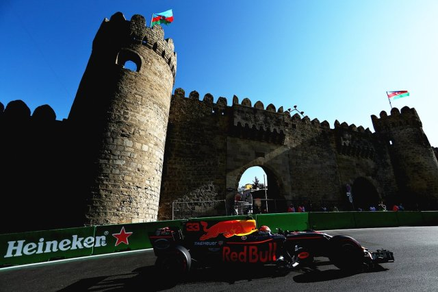Formule 1 Verstappen Red Bull DDGEUn8XoAAb1mi