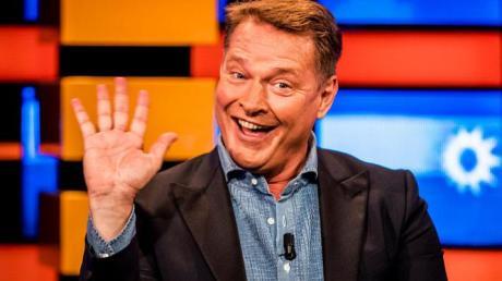 2016-08-26 18:51:47 HILVERSUM - Presentator Albert Verlinde tijdens de allerlaatste keer als presentator van RTL Boulevard. ANP KIPPA REMKO DE WAAL
